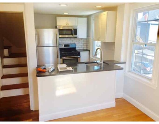 Casa Unifamiliar por un Alquiler en 1 norfolk terrace Cambridge, Massachusetts 02139 Estados Unidos