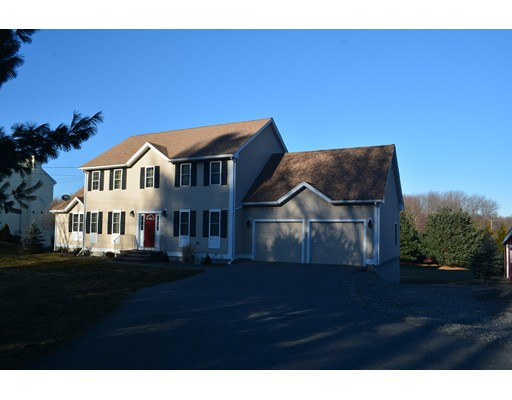 8 Upton Rd, Westborough, MA 01581