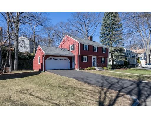 Maison unifamiliale pour l Vente à 18 Cranmore Lane Melrose, Massachusetts 02176 États-Unis