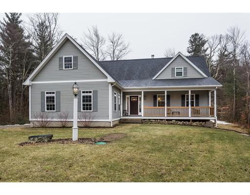 Maison unifamiliale pour l Vente à 4 Jourdan Road Montgomery, Massachusetts 01085 États-Unis