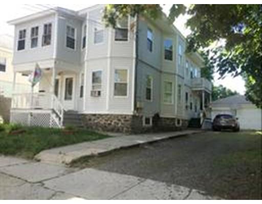 Casa Multifamiliar por un Venta en 15 Coolidge Street Lawrence, Massachusetts 01843 Estados Unidos
