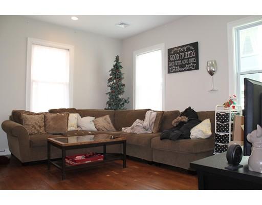 独户住宅 为 出租 在 431 E 7th Street 波士顿, 马萨诸塞州 02127 美国