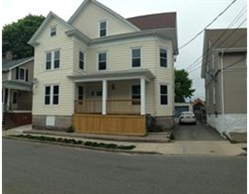 Additional photo for property listing at 131 Willis Street  New Bedford, Massachusetts 02746 Estados Unidos
