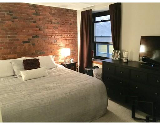 独户住宅 为 出租 在 386 Commercial Street 波士顿, 马萨诸塞州 02113 美国