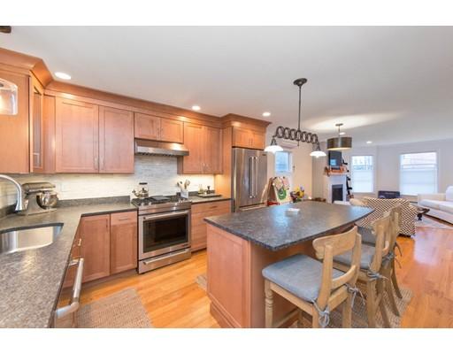 Casa Unifamiliar por un Alquiler en 6 n mead Boston, Massachusetts 02129 Estados Unidos