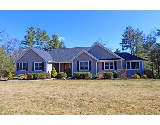 Casa Unifamiliar por un Venta en 4 Deer Run Holyoke, Massachusetts 01040 Estados Unidos