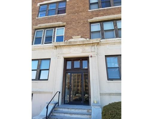 独户住宅 为 出租 在 1661 Commonwealth 波士顿, 马萨诸塞州 02135 美国