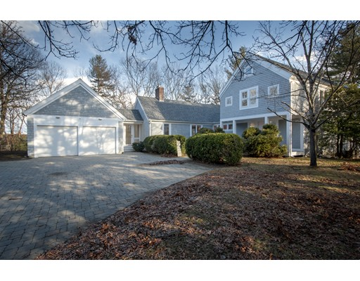 Single Family Home for Sale at 6 Davis Road Southborough, Massachusetts 01772 United States