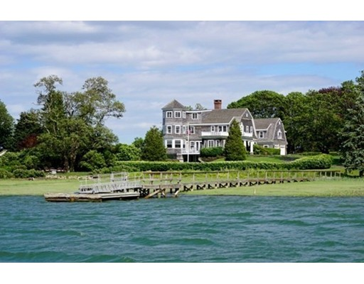 Single Family Home for Sale at 156 Marshall Street 156 Marshall Street Duxbury, Massachusetts 02332 United States