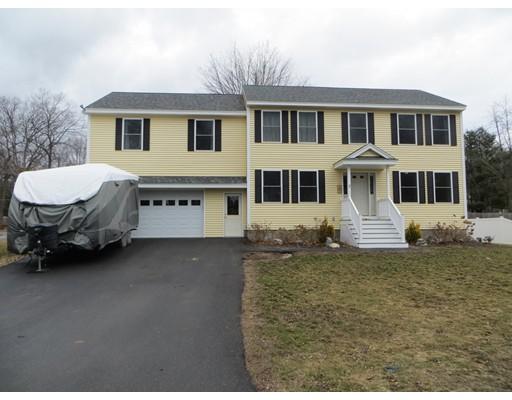 独户住宅 为 销售 在 7 Carlisle Road Nashua, 新罕布什尔州 03062 美国