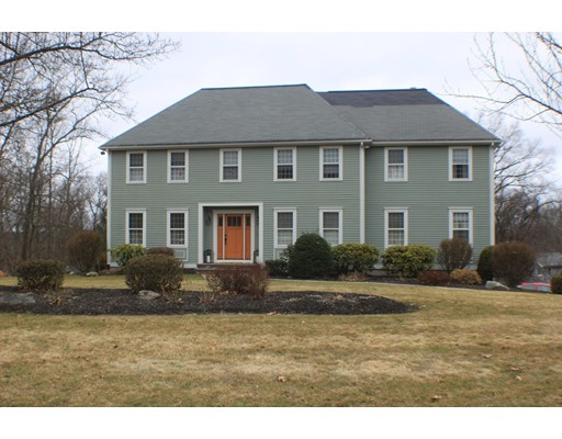 Single Family Home for Rent at 4 Nashoba Drive Chelmsford, 01824 United States