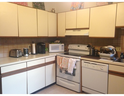 Casa Unifamiliar por un Alquiler en 259 North Street Boston, Massachusetts 02109 Estados Unidos