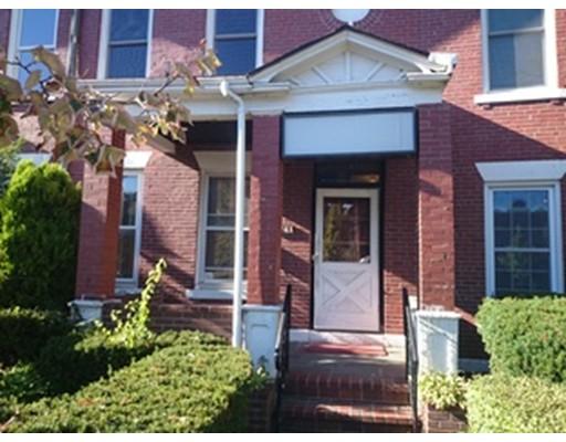 独户住宅 为 出租 在 1749 Commonwealth 波士顿, 马萨诸塞州 02135 美国