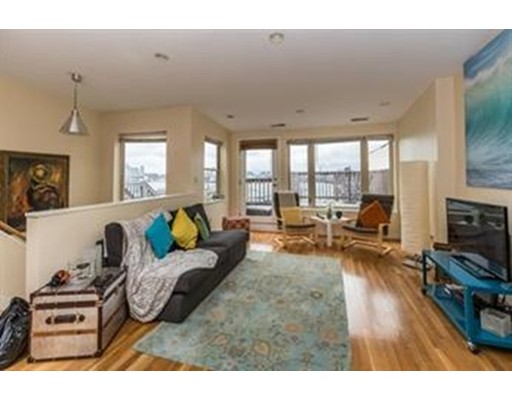 Additional photo for property listing at 296 Meridian Street  Boston, Massachusetts 02128 United States