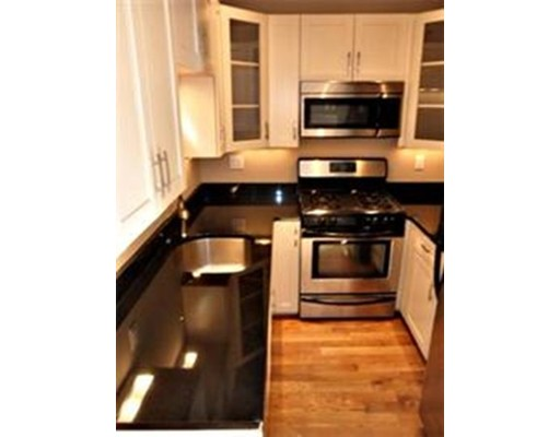 Additional photo for property listing at 491 E Third Street  Boston, Massachusetts 02127 Estados Unidos