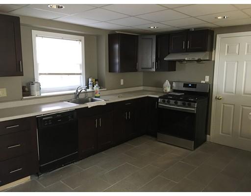 Single Family Home for Rent at 4 Wheatland Street Burlington, Massachusetts 01803 United States