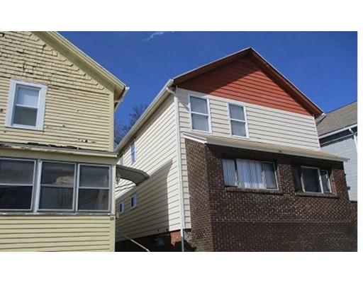 Casa Unifamiliar por un Alquiler en 52 Esther Street Worcester, Massachusetts 01607 Estados Unidos