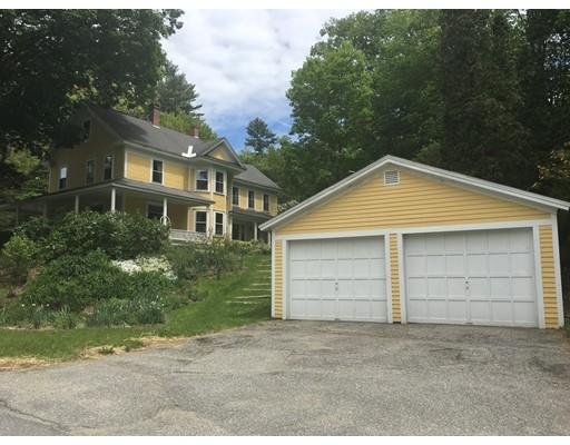 Maison unifamiliale pour l Vente à 129 Winchester Road Northfield, Massachusetts 01360 États-Unis