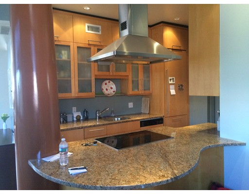 Casa Unifamiliar por un Alquiler en 386 Commercial Street Boston, Massachusetts 02109 Estados Unidos
