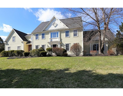 Single Family Home for Sale at 82 Fisher Road Southborough, 01772 United States