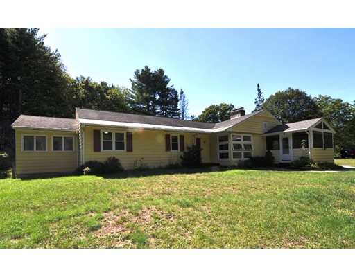 Single Family Home for Sale at 60 Commerford Road Concord, Massachusetts 01742 United States