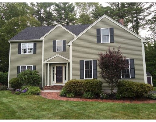 Single Family Home for Sale at 33 Buck Knoll Road Raynham, Massachusetts 02767 United States