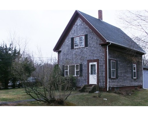 Single Family Home for Rent at 25 Washington Street East Bridgewater, Massachusetts 02333 United States