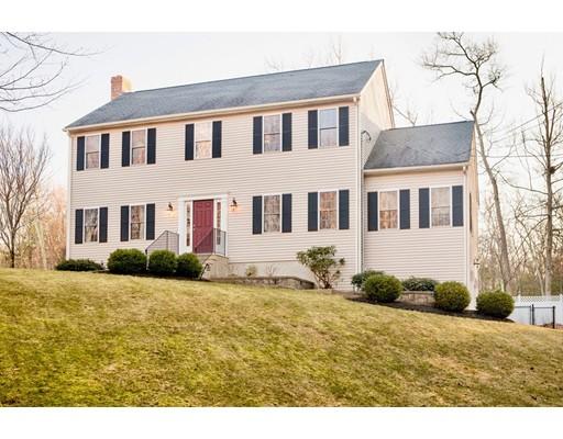 独户住宅 为 销售 在 738 NW Main Street Douglas, 01516 美国