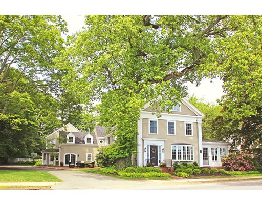 Single Family Home for Sale at 404 Main Street Amesbury, Massachusetts 01913 United States