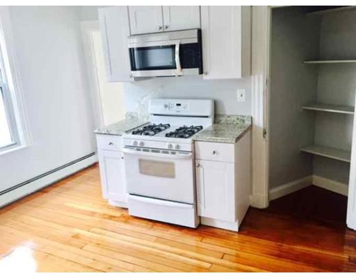 独户住宅 为 出租 在 10 calvin street Somerville, 马萨诸塞州 02143 美国