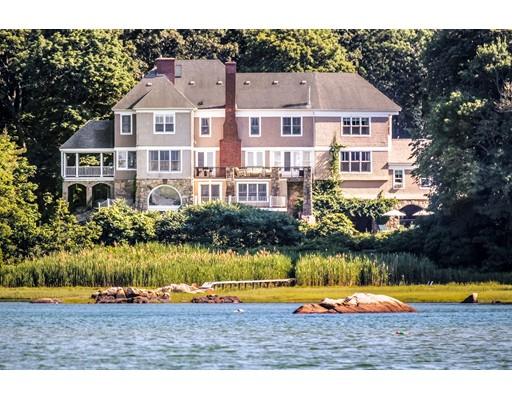 Maison unifamiliale pour l Vente à 100 Beach Street 100 Beach Street Cohasset, Massachusetts 02025 États-Unis