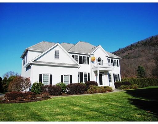 Casa Unifamiliar por un Venta en 21 Crestview Drive Deerfield, Massachusetts 01373 Estados Unidos