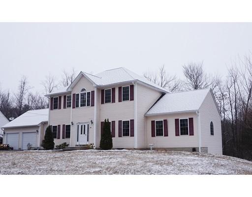 Maison unifamiliale pour l Vente à 196 South Road Templeton, Massachusetts 01468 États-Unis