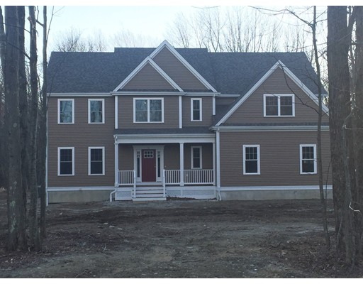 Single Family Home for Sale at 111 Glenview Upton, Massachusetts 01568 United States