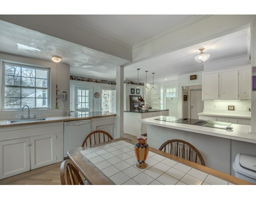 6 Proctor St, Manchester, MA, 01944