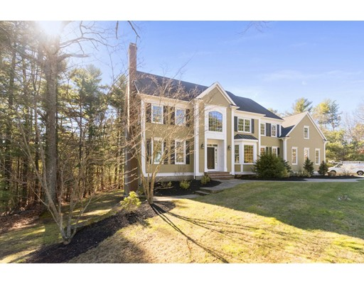 Single Family Home for Sale at 239 Country Club Way Kingston, Massachusetts 02364 United States