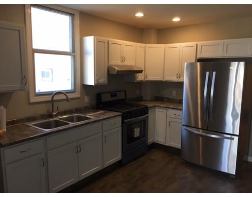 Casa Unifamiliar por un Alquiler en 286 Lexington Street Boston, Massachusetts 02128 Estados Unidos