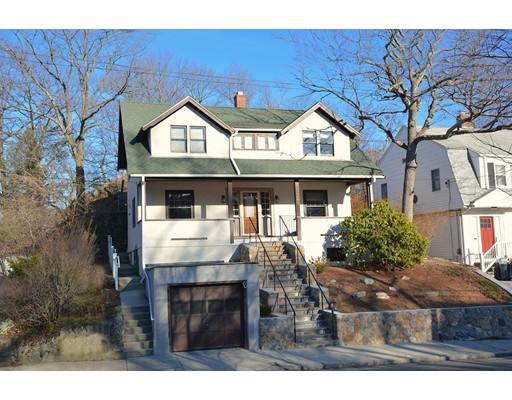Частный односемейный дом для того Продажа на 289 Summer Street Malden, Массачусетс 02148 Соединенные Штаты