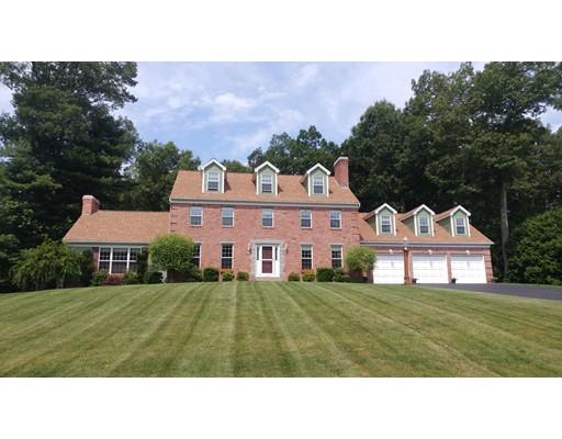 Maison unifamiliale pour l Vente à 36 Wellington Drive 36 Wellington Drive East Longmeadow, Massachusetts 01028 États-Unis