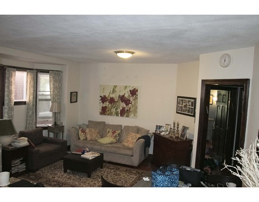 Additional photo for property listing at 20 Winchester Street  Brookline, Massachusetts 02446 Estados Unidos