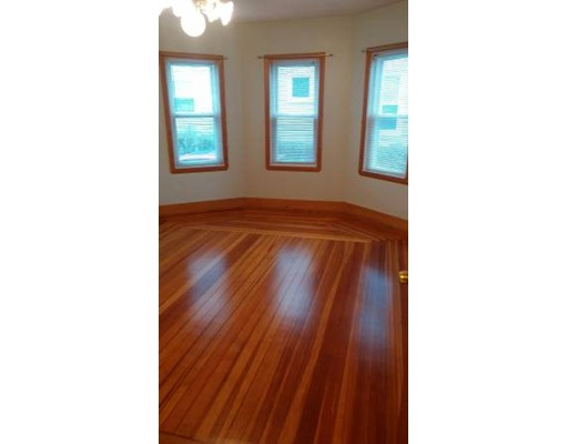 Additional photo for property listing at 74 Kenmere Road  Medford, Massachusetts 02155 Estados Unidos