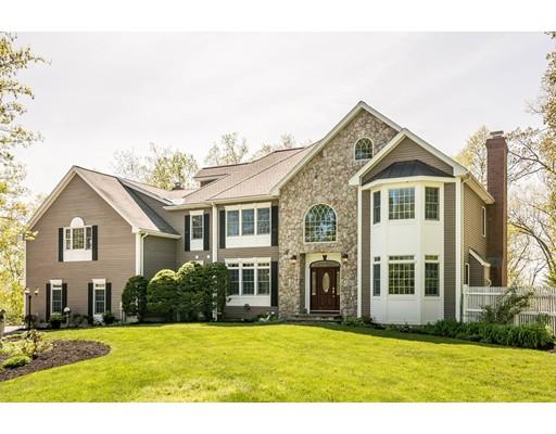 Частный односемейный дом для того Продажа на 112 Thorndike Street Dunstable, Массачусетс 01827 Соединенные Штаты