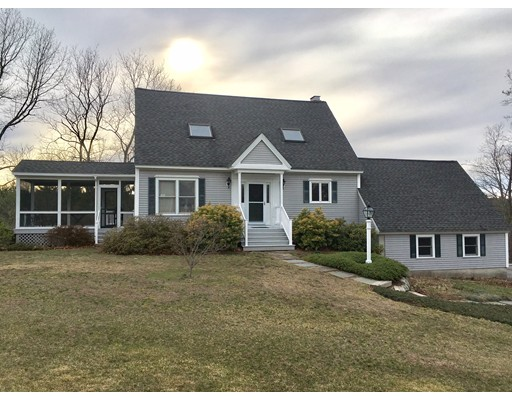 Single Family Home for Sale at 9 Jonathan Lane Townsend, Massachusetts 01474 United States