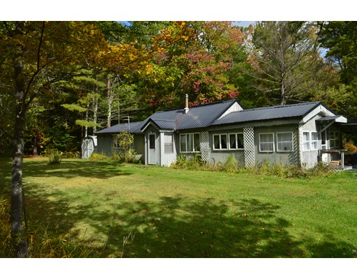 Maison unifamiliale pour l Vente à 51 Otis Tolland Road 51 Otis Tolland Road Blandford, Massachusetts 01008 États-Unis