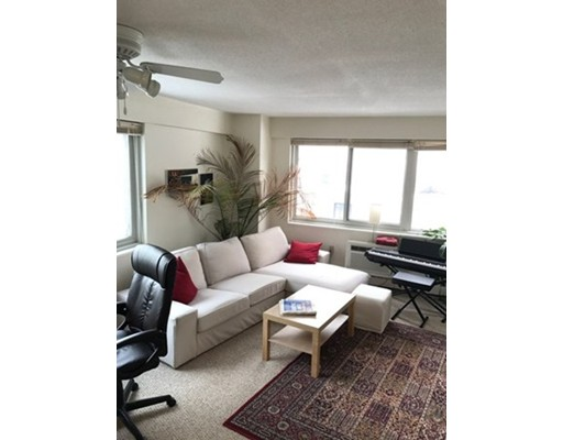 Additional photo for property listing at 130 Bowdoin Street  Boston, Massachusetts 02114 Estados Unidos