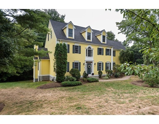 Частный односемейный дом для того Продажа на 15 Fiske Road Ashland, Массачусетс 01721 Соединенные Штаты
