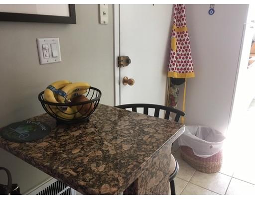 Additional photo for property listing at 180 Newton Street  Boston, Massachusetts 02135 Estados Unidos