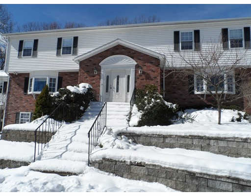 Additional photo for property listing at 30 Milan Avenue  Woburn, Massachusetts 01801 Estados Unidos