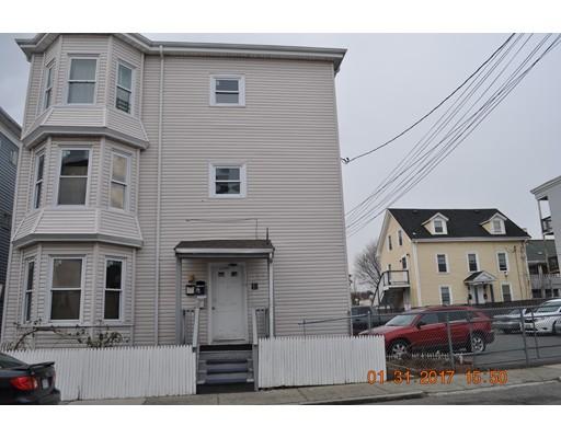 多户住宅 为 销售 在 19 Albany Street 林恩, 马萨诸塞州 01902 美国