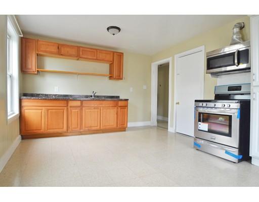 Casa Unifamiliar por un Alquiler en 8 Germania Boston, Massachusetts 02130 Estados Unidos